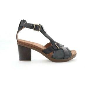 Dansko Dominique Leather  Sandals Black  39()6585